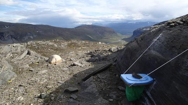 Toaletten vid topplägret